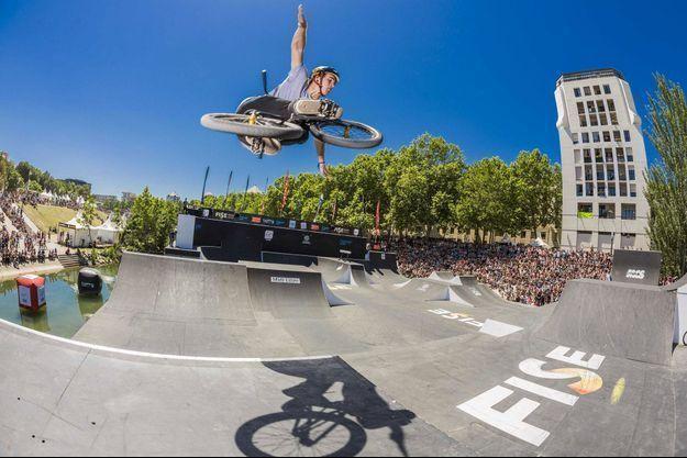 Une session de BMX sur le FISE de Montpellier, en 2015.