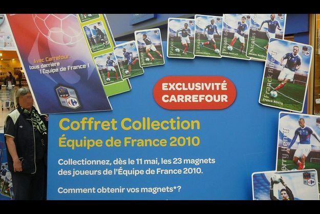 Affiche promotionnelle dans un magasin du Val d'Oise