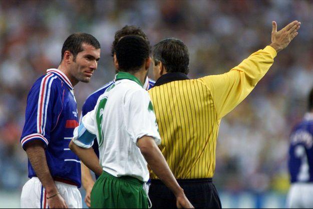 Juin 1998, Zinédine Zidane est expulsé à la 70ème minute du match contre l'Arabie saoudite.