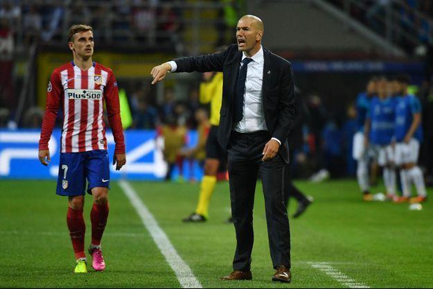 Antoine Griezmann et Zinédine Zidane dans la même équipe, vous en rêviez, Paris Match l'a fait.