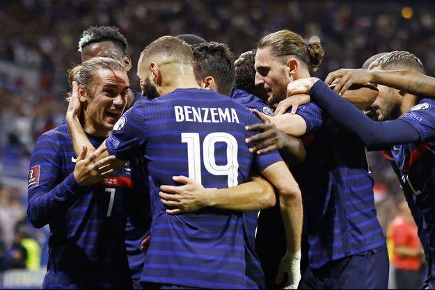 Antoine Griezmann a ouvert la marque sur un service lumineux de Karim Benzema.
