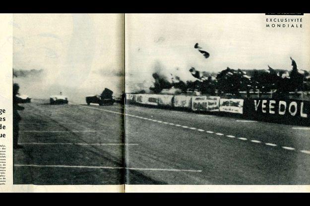 Sous la violence du choc, les débris de la Mercedes de Pierre Levegh s'écrasent dans les tribunes