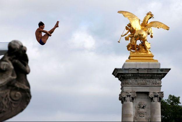 La ville de Paris est prête pour le grand plongeon olympique.