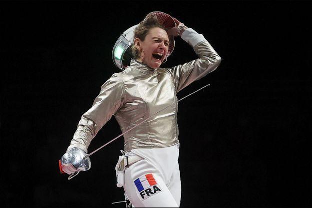 Manon Brunet, médaillée de bronze en sabre.