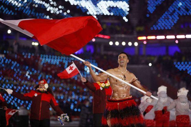 Pita Taufatofua à la cérémonie d'ouverture des Jeux Olympiques de Pyeongchang, en Corée du Sud.
