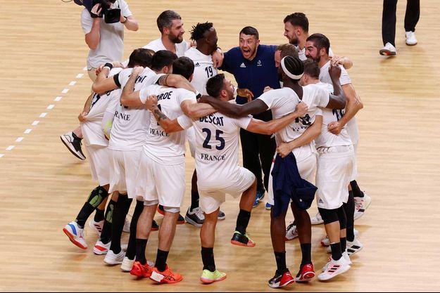 Les Bleus après leur victoire contre l'Egypte.