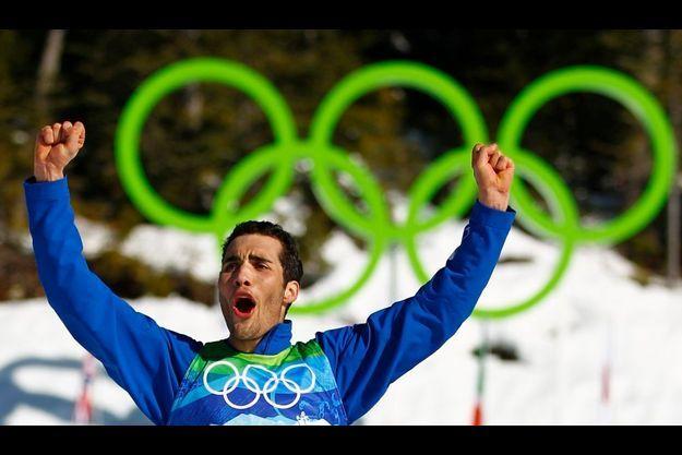 A seulement 21 ans, Martin Fourcade décroche l'argent olympique.