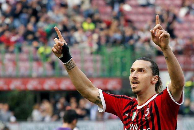 Zlatan Ibrahimovic sous le maillot du Milan AC.