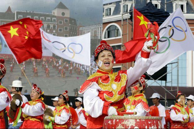 Les Chinois fêtent l'attribution des JO d'hiver 2022 à Pékin