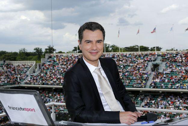 Laurent Luyat, sur la terrasse de France Télévisions.