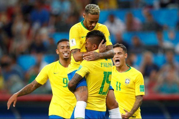 Le Brésil a facilement battu la Serbie notamment grâce à Paulinho.