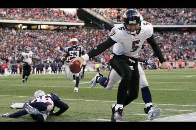Le football américain est le sport numéro un aux Etats-Unis et commence à se développer en France.