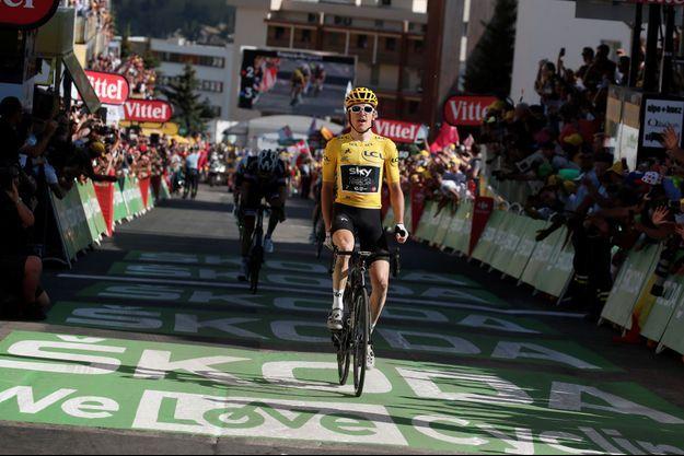 Geraint Thomas s'impose à l'Alpe d'Huez.