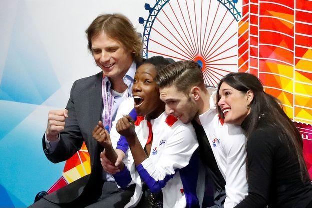 Silvia Fontana et John Zimmerman avec Morgan Ciprès et sa partenaire Vanessa James.