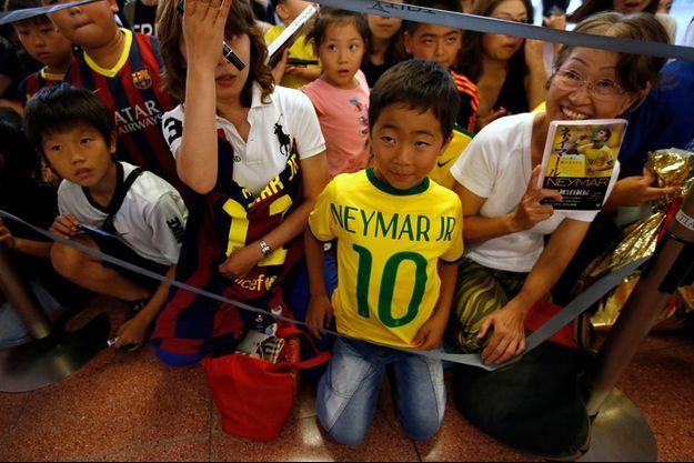 Neymar est une véritable star en Asie, comme ici au Japon.