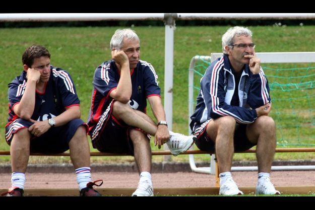 Robert Duverne, Pierre Mankowski et Raymond Domenech, seuls au monde.