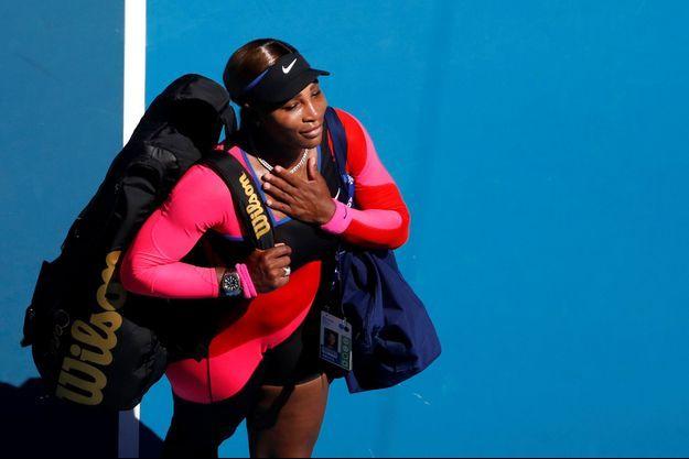 Serena Williams a salué, la main sur le coeur, le public de l'Open d'Australie.
