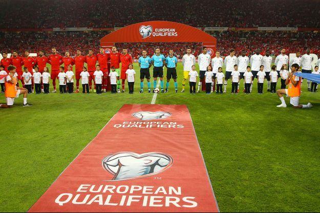Le début du match entre la France et la Turquie.