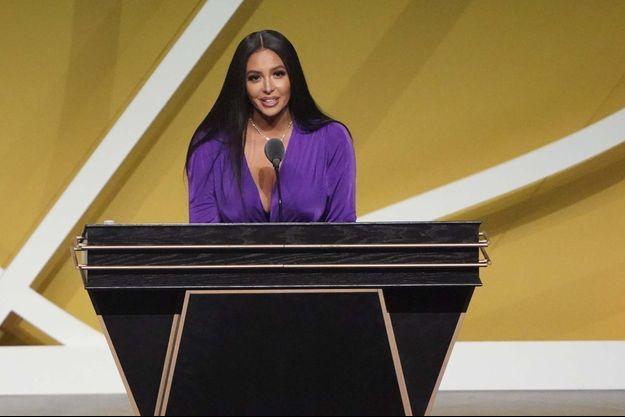 Vanessa Bryant, samedi, lors de la cérémonie d'intronisation au Basketball Hall of Fame de son défunt mari Kobe Bryant.