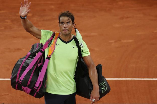 Rafael Nadal à Roland-Garros après son élimination face à Novak Djokovic.