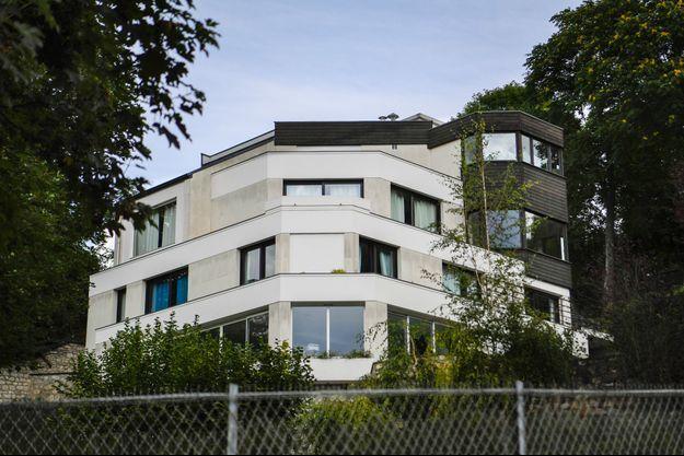 L'imposante maison d'architecte à Bougival choisie par Neymar.
