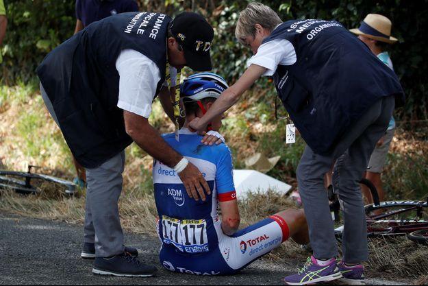 Niki Terpstra a été victime d'une chute à trente kilomètres de l'arrivée.