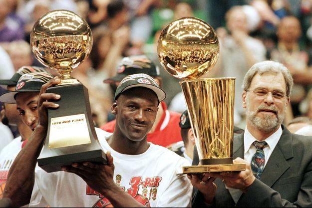 Michael Jordan et Phil Jackson.