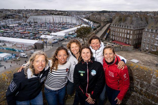 De g. à d. : Miranda Merron, Alexia Barrier, Isabelle Joschkeest, Morgane Ursault-Poupon, Claire Pruvot, Samantha Davies.