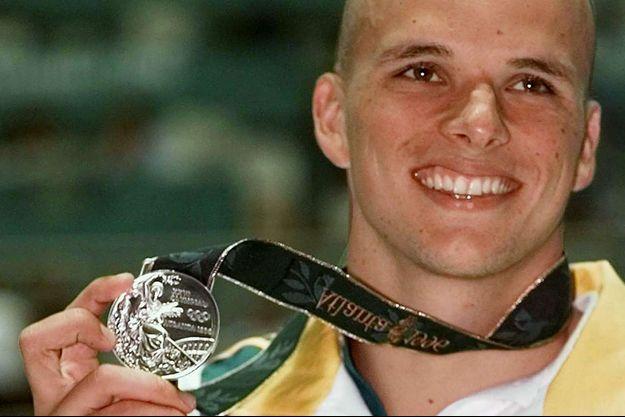 Scott Miller en 1996, remporte l'argent olympique en natation.