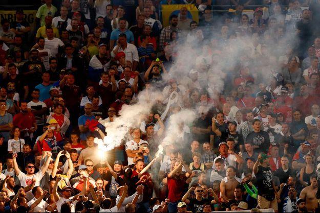 Les supporters russes au Vélodrome.