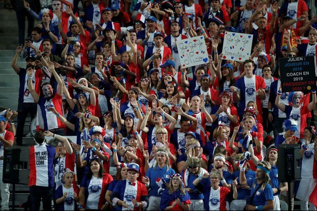 Les supporters français étaient nombreux au Stade Pierre-Mauroy de Lille pour la demi-finale de la Coupe Davis.