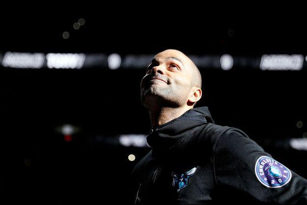 Tony Parker ému aux larmes par le clip hommage des San Antonio Spurs.