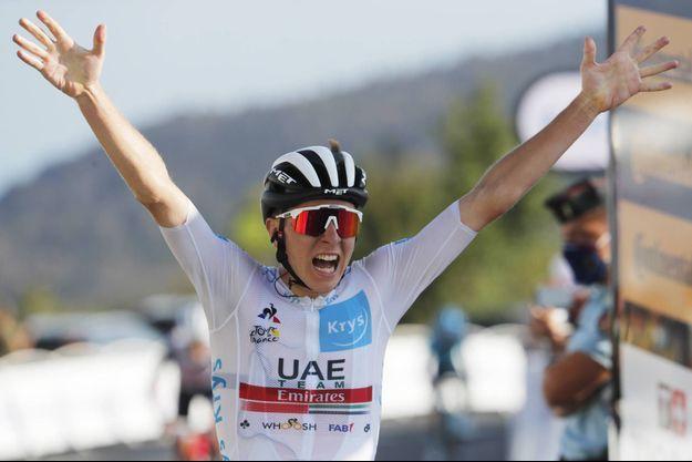 Tadej Pogacar a remporté la 15e étape du Tour de France.