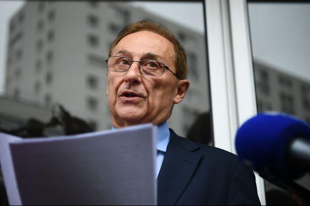 Le patron du patinage français, Didier Gailhaguet, samedi lors de l'annonce de sa démission.
