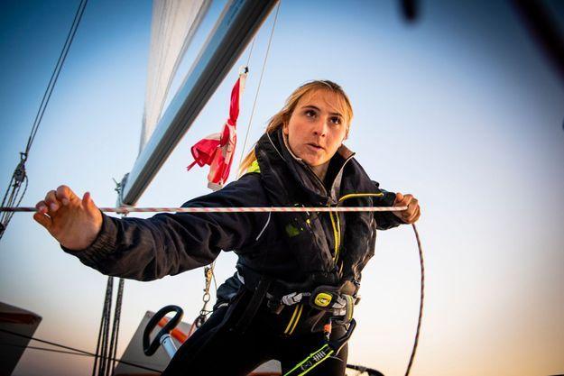 Violette Dorange à l'entrainement sur son voilier de 6,50m à La Rochelle en septembre 2019.