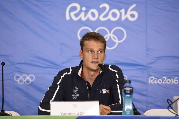 Yannick Agnel lors d'une conférence de presse, mardi, après la controverse sur le relais, à Rio.