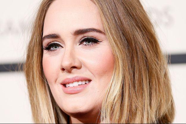Adele aux Grammy Awards à Los Angeles en fevrier 2016
