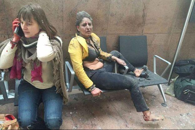 Cette photo de Nidhi Chaphekar est l'un des symboles des attentats de Bruxelles.