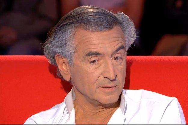 """Bernard-Henri Lévy (BHL) était sur le """"Divan"""" de Marc-Olivier Fogiel sur France 3."""
