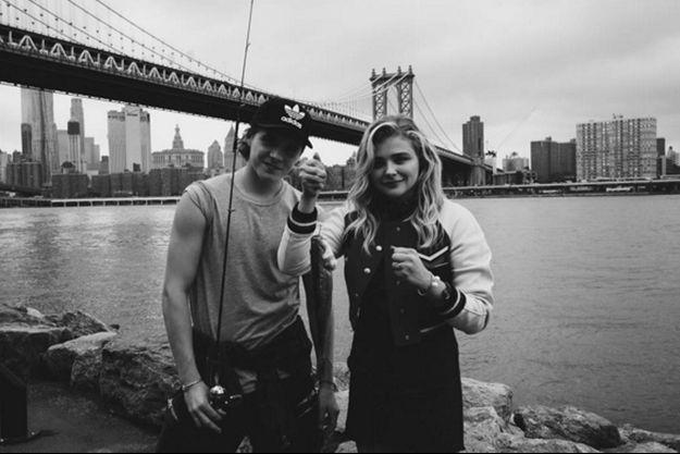Brooklyn Beckham et Chloë Moretz à New York.