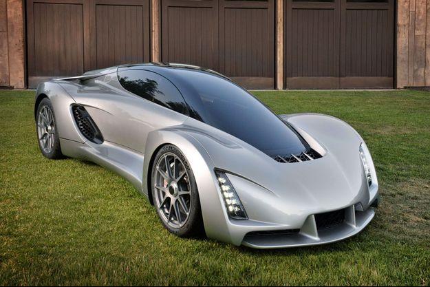 La Blade ne pèse que 635 kilos grâce à son châssis en carbone.