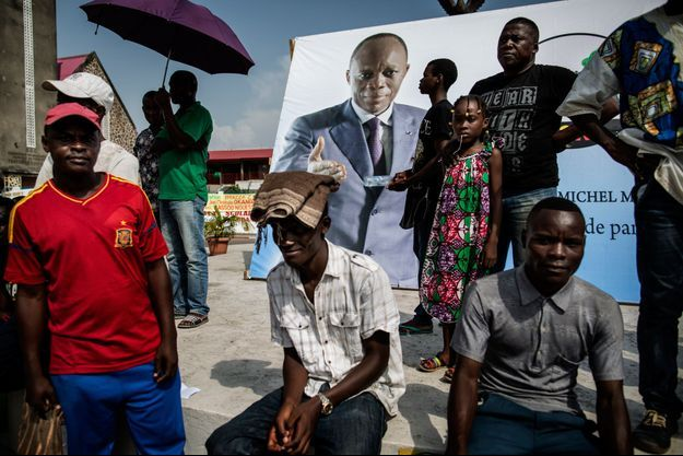 Partisans du candidat à la présidentielle de 2016 Jean-Michel Moloko, lors de son meeting à Brazzaville le 18 mars 2016