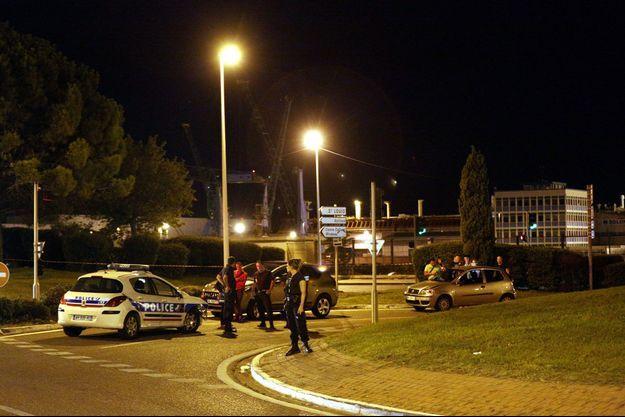 Le malfaiteur a volontairement percuté un policier de la Bac, le blessant très grievement.