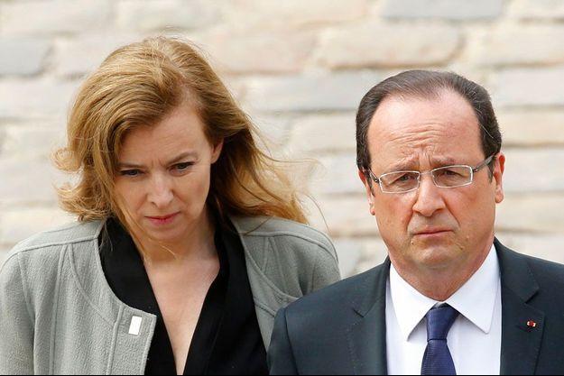 Valérie Trierweiler et François Hollande le 11 juin 2013 aux Invalides.