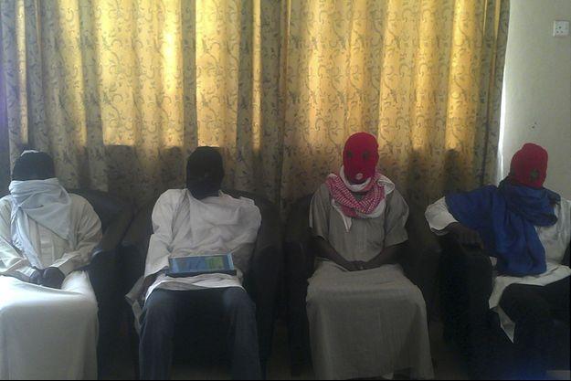 Des membres de Boko Haram sont suspectés d'avoir enlevé une centaine de lycéennes lundi.