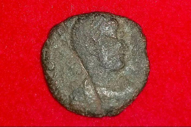 Des pièces de l'Empire romain ont été trouvées sur l'île d'Okinawa au Japon