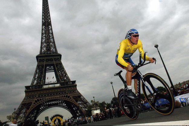 Lance Armstrong lors du prologue du Tour de France en 2003.
