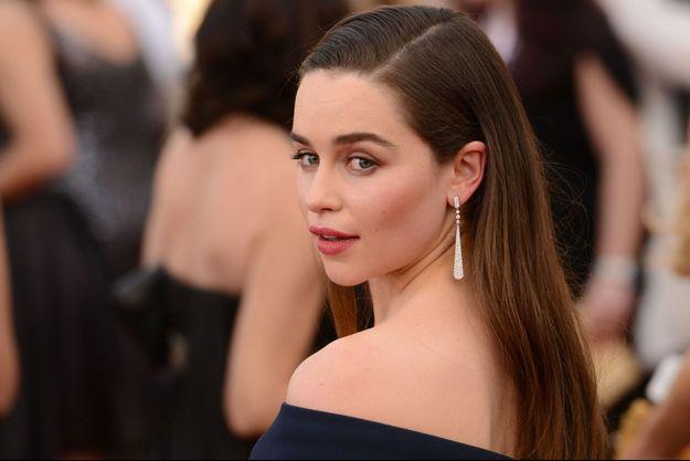 """Emilia Clarke a dit non à """"50 nuances de Grey"""" car elle ne voulait pas se montrer nue."""