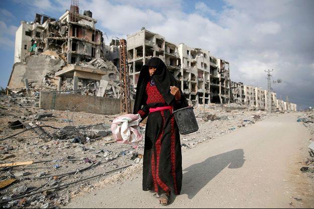 Le 3 août, à Beit Lahiya, dans le nord de la bande de Gaza, non loin de la frontière israélienne. Une ville de plus de 500 000 habitants, autrefois renommée pour ses figuiers sycomores et ses agrumes.