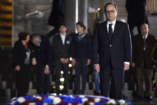 François Hollande au Mémorial de la Shoah.